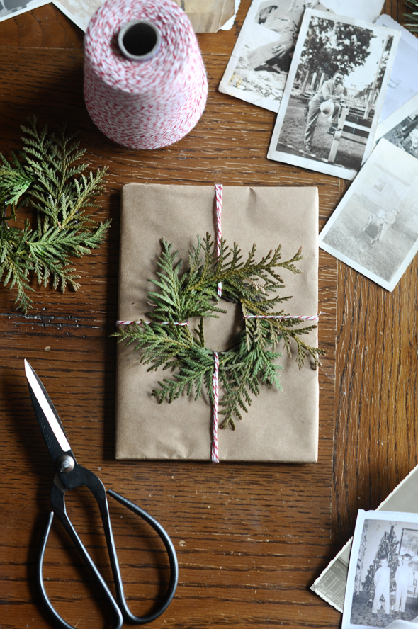 Holiday Wreath Wrapping Detail - FINDS Holiday Wrapping Roundup