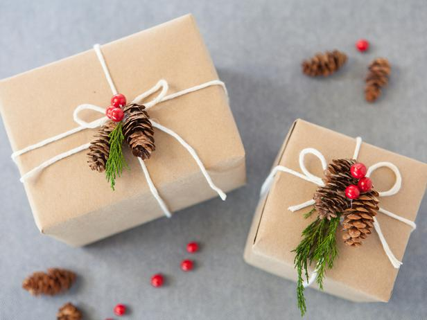Items from Nature Wrapping - FINDS Holiday Wrapping Roundup