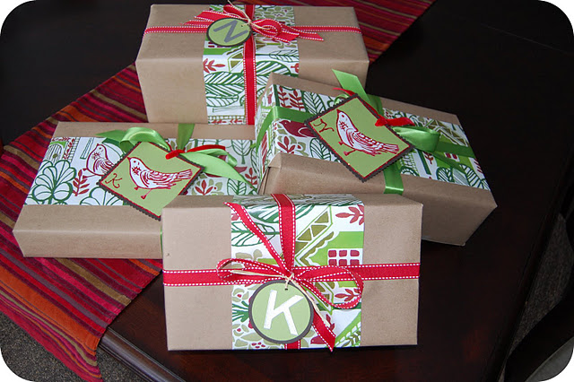 Solid Paper with Holiday Details - FINDS Holiday Wrapping Roundup