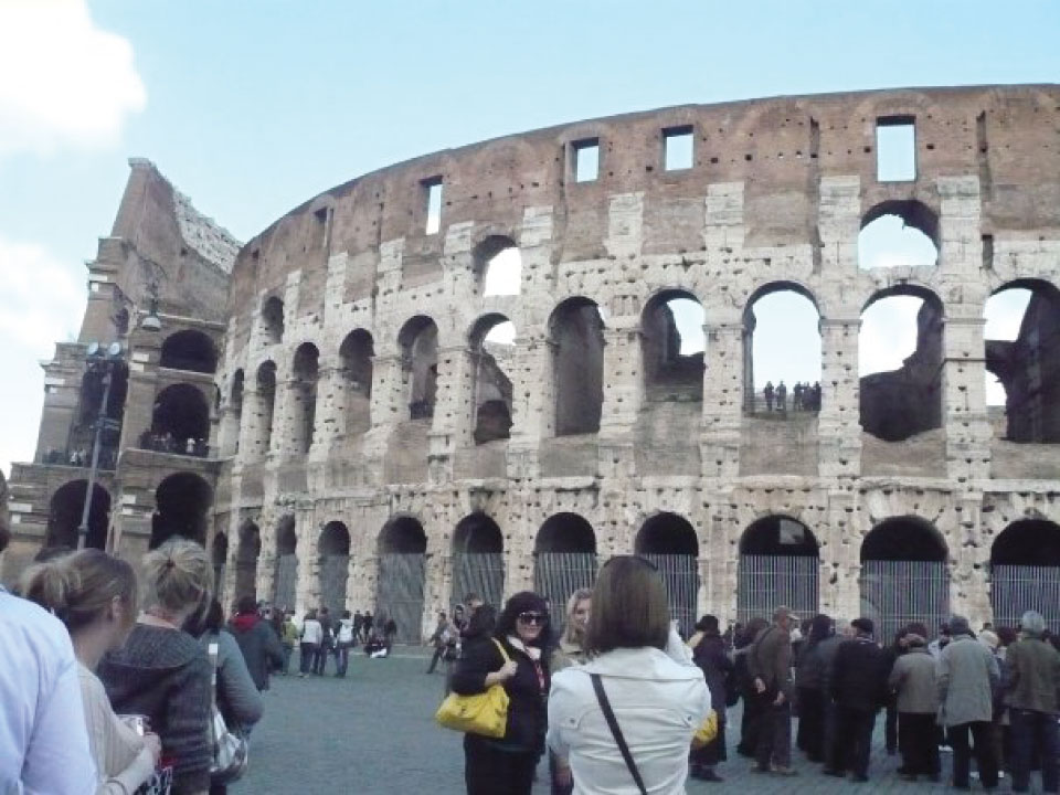 Time-to-Get-Away---Sites-in-Rome-Italy---FINDS-Blog