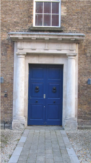 Bright-Blue-Dublin-Door---FINDS-Blog