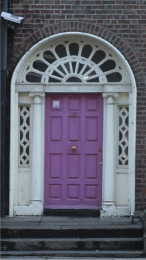 The-only-Purple-Door-I-Found-in-Dublin---FINDS-Blog